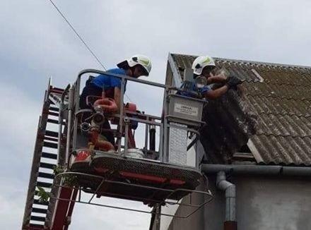 Przez miejscowość Drozdowo przeszła nawałnica, której skutki usuwali strażac, m.in. z OSP Bronowo