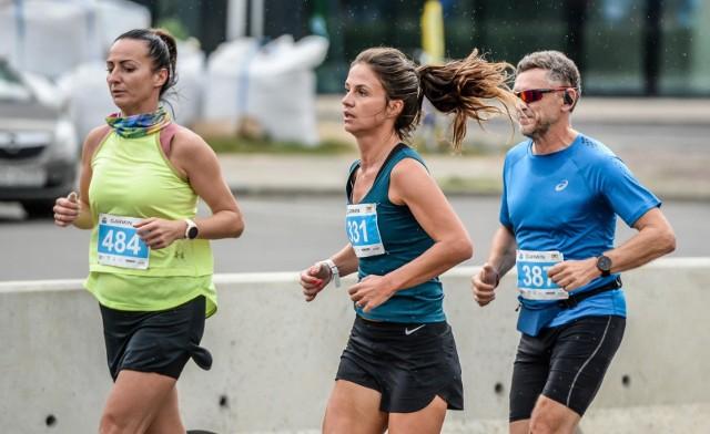 W Garmin Półmaratonie Gdańsk 2020 biegacze zostali podzieleni na trzy tury