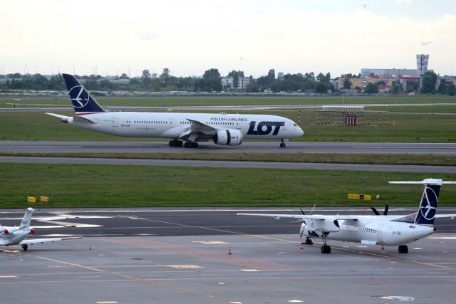 Kolejny, szósty samolot z ewakuowanymi z Afganistanu wylądował rano w Warszawie. Było na nim około 80 osób