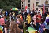 Tęczowy piknik w Nowym Tomyślu odbył się w sobotę w odpowiedzi na kazanie księdza o osobach LGBT