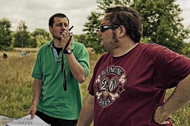 Film kręcono m.in. w okolicach Wilczej Woli oraz Rzeszowie. Na zdjęciu Hubert Gotkowski i Marcin Kabaj.