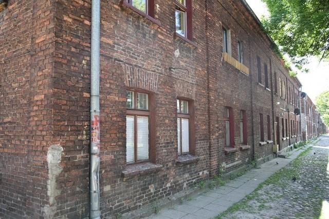 Ten sam budynek od strony podwórza.