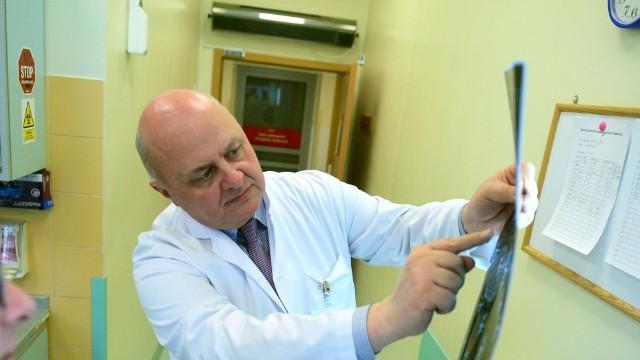 Profesor Wojciech Golusiński, prezes Polskiego Towarzystwa Nowotworów Głowy i Szyi, przez wiele lat zabiegał o wprowadzenie ogólnopolskiego programu wczesnego wykrywania raka