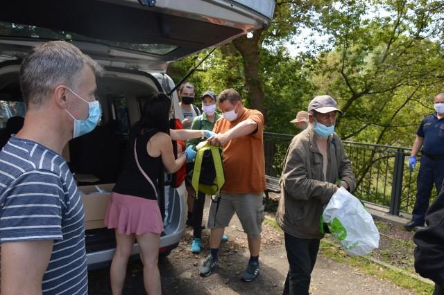 Stowarzyszenie Nadzieja pomaga regularnie opolskim bezdomnym i ubogim.