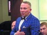 Tomasz Tolko został dyrektorem u starosty. To już drugi radny na dyrektorskim stanowisku w powiecie