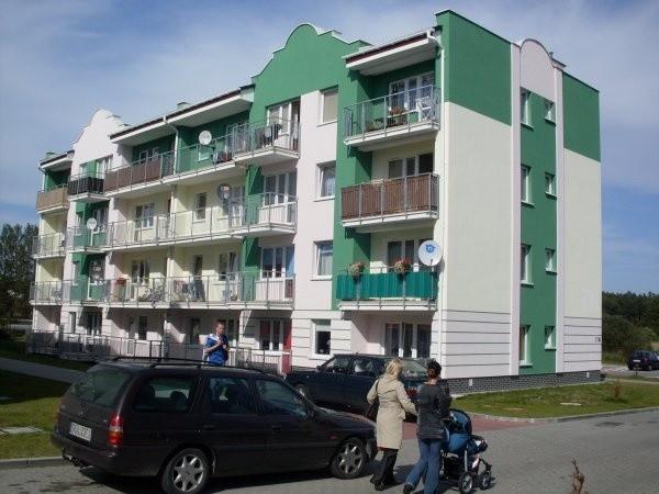 Jeden z bloków UTBS przy ul. Grunwaldzkiej w Ustce.