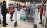 Akcja: noś maseczkę w słupskich galeriach handlowych i sklepach. Są ukarani