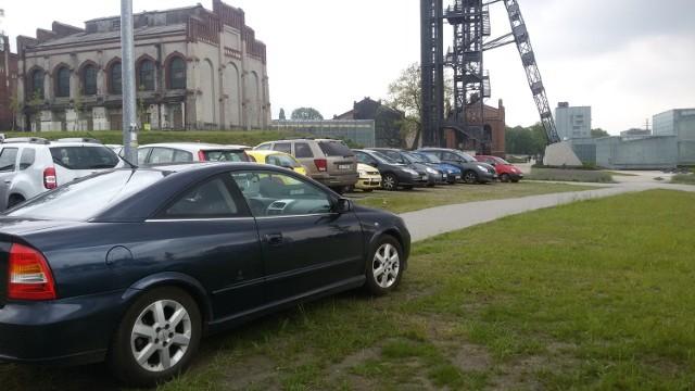 Parking w czasie Europejskiego Kongresu Gospodarczego zajęty