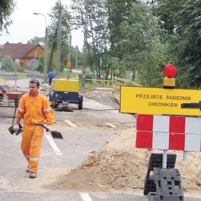 Do połowy listopada potrwają prace modernizacyjne na moście...