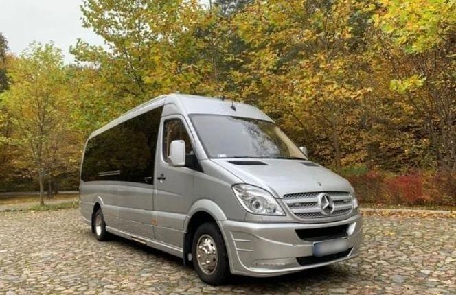 Ma przejechane 196 tysięcy kilometrów. To dokładnie Mercedes...