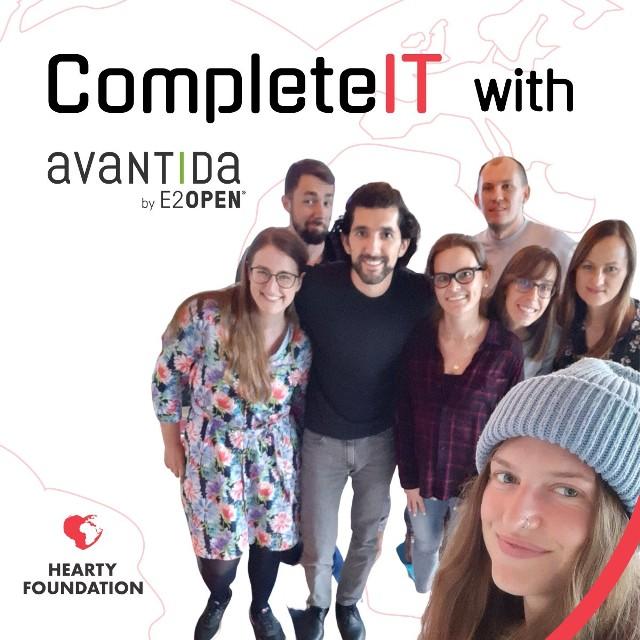 """Projekt edukacyjny """"CompleteIT"""" Fundacji Hearty."""