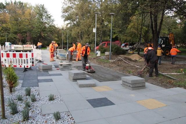 Przebudowa Parku Hallera w Dąbrowie Górniczej ma się zakończyć do 31 października