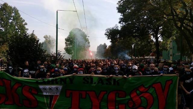 Kibolskie zamieszki w Tychach przed meczem GKS Tychy  GKS Katowice