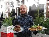 Amerykańsko w podwórku przy ul. Piotrkowskiej. Nowy lokal gastronomiczny na Pietrynie. Co serwuje gościom?