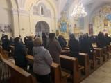Policja interweniowała w kościołach regionu łódzkiego. Było za dużo wiernych. Lewica apeluje, żeby zamknąć kościoły na Wielkanoc