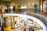 Światowe Dni Młodzieży. Pielgrzymi ŚDM przywitani wystawą na dworcu PKP (zdjęcia)