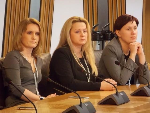 Zachęcają biznes w Szkocji do inwestycji na PodkarpaciuDelegacja woj. podkarpackiego na konferencji organizowanej przez Polską Izbę Biznesu w Szkocji.