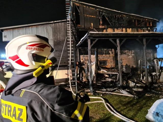 Ogromne straty po pożarze w RadlinieZobaczkolejnezdjęcia. Przesuwajzdjęcia w prawo - naciśnij strzałkę lub przycisk NASTĘPNE