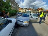 Pościg we Wrocławiu. Podczas ucieczki porzucił auto, w którym była kobieta i dziecko [ZDJĘCIA]