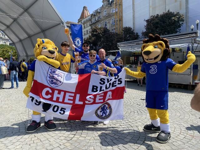 W strefie kibica w Porto pojawiły się maskotki znane kibicom ze Stamford Bridge.