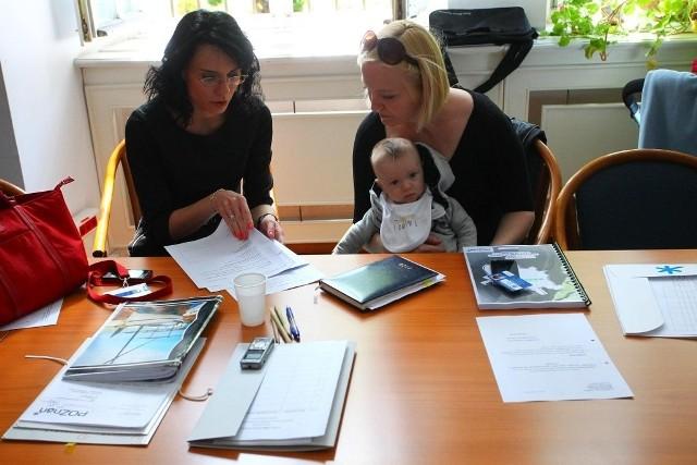 Mały Franek towarzyszy mamie na sesjach Rady Miasta Poznań