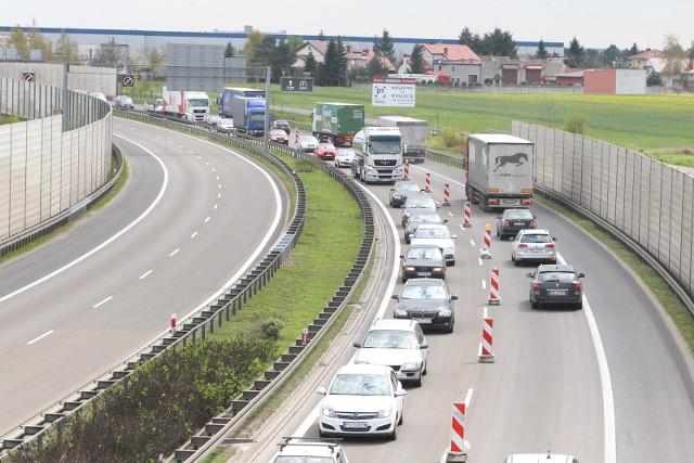 Trasa S11 z Poznania do Kórnika ma być w pełni przejezdna na początku listopada.