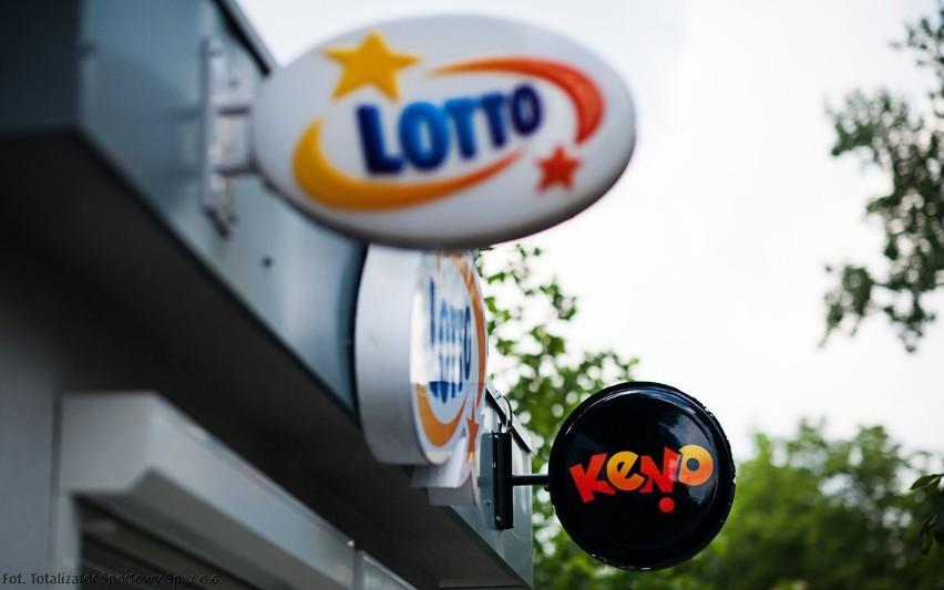 Rozbita w czwartek kumulacja w Lotto narastała od 9 września.