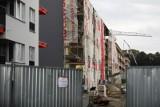 W 2021 roku nowe mieszkania podrożeją. Deweloperzy przerzucą na kupujących nowy podatek i wzrost płacy minimalnej