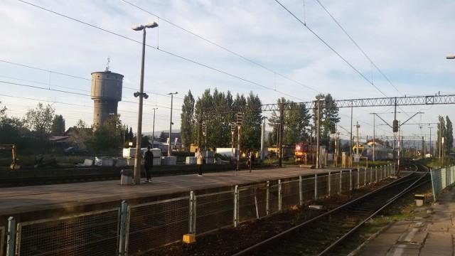 Na stacji kolejowej w Żywcu trwa remont peronów
