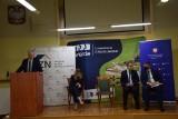 Premier Jarosław Gowin w Zawierciu. Powstanie tu 145 mieszkań w ramach Społecznej Inicjatywy Mieszkaniowej