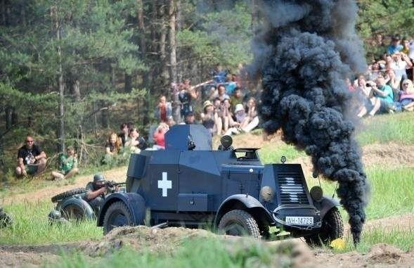 Niemiecki pojazd stanął w ogniu