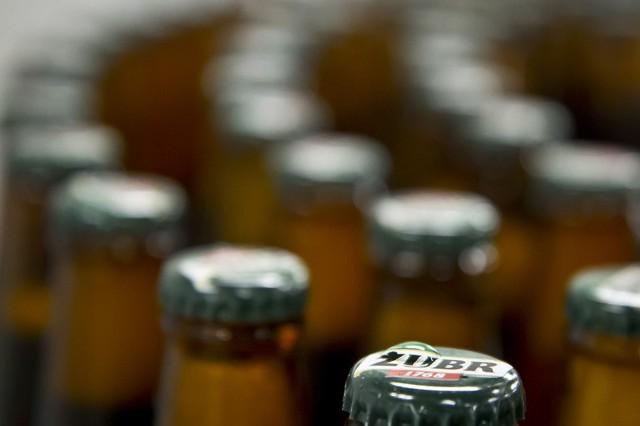W Browarze Białystok produkowane jest przede wszystkim piwo Żubr. To druga marka piwna w Polsce pod względem wielkości sprzedaży. Żubr to jasne piwo dolnej fermentacji o zawartości ekstraktu 12 proc. oraz alkoholu na poziomie 6 proc.Oprócz Żubra z browaru w Białymstoku pochodzi część produkcji marek Tyskie, Lech, Wojak oraz Dębowe Mocne.