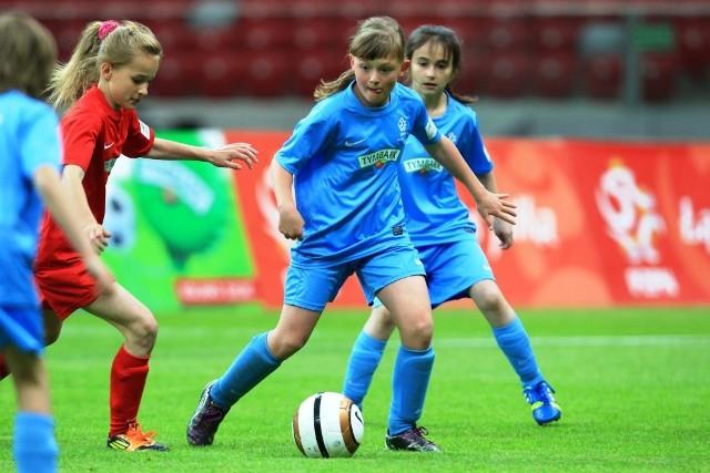 W grze pozostało blisko 800 najbardziej utalentowanych piłkarsko dziewcząt i chłopców w Polsce