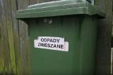 Odbiór odpadów w Ostrowi. Na XXIII sesji rady miasta burmistrz wyjaśniał, dlaczego wybrano droższą ofertę