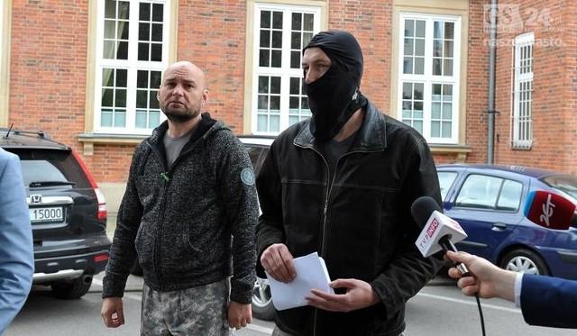 Krzysztof O. wystąpił na konferencji w kominiarce, bo nadal jest policjantem, choć obecnie zawieszonym w czynnościach