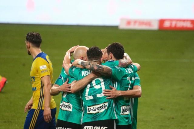 Legia Warszawa rozgromiła 5:1 Arkę Gdynia w środowym meczu PKO BP Ekstraklasy. Oto kilka najważniejszych wniosków po tym spotkaniu.
