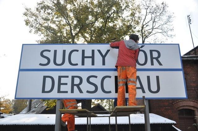 Pierwsza tablica stanęła dziś w Suchym Borze, czyli Derschau.