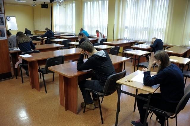 Bezboleśnie powinny przejść zmiany w Augustowie, gdzie są cztery podstawówki i trzy gimnazja.