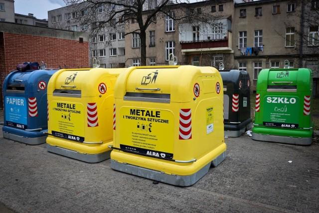 Nowe pojemniki na śmieci we Wrocławiu.