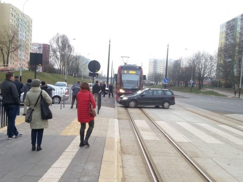 Wypadek na al. Wyszyńskiego - na szczęście nikt nie...