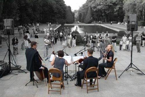 Zespół Primavera wykonuje przede wszystkim muzykę filmową i amerykańskie standardy jazzowe
