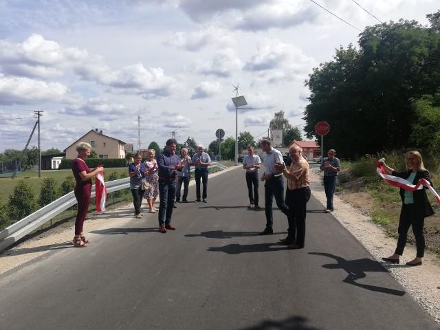 Za nami uroczyste otwarcie przebudowanego odcinka drogi Kolno - Podwiesk. To inwestycja warta niemal 3,3 mln złotych