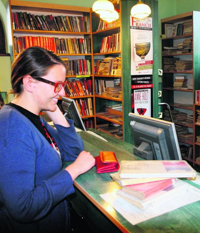 Monika Górowska stara się zawsze zwracać książki w terminie
