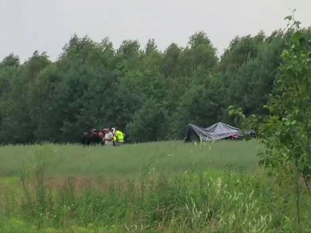 Katastrofa lotnicza pod Radomiem. Dwie osoby są ranne, dwie - zginęły