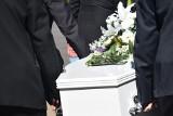Podlaskie. Duży przyrost zgonów od początku roku. Czy w zakładach pogrzebowych są kolejki?