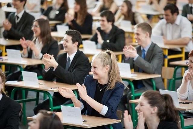 81 procent z 17 600 pomorskich maturzystów zdało tegoroczny egzamin dojrzałości.