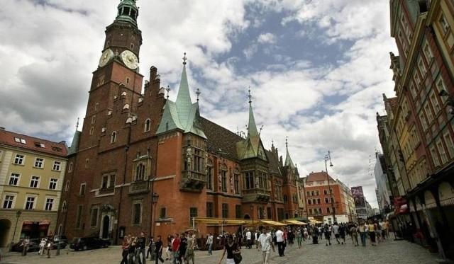 W piątek (18 czerwca) we wrocławskim ratuszu nadzwyczajna sesja rady miejskiej