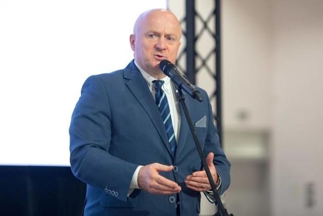 Akcję ogłosił w środę Jarosław Stawiarski, marszałek województwa