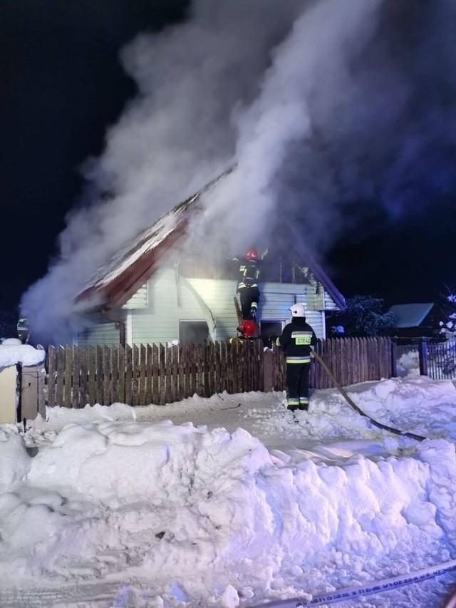 Akcja strażaków trwała 3,5 godziny.