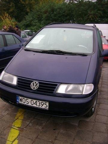 VW Sharan, 1997 r., 1,9 TDI, ABS, centralny zamek, elektryczne szyby i lusterka, klimatyzacja, podgrzewane fotele, 2 x airbag, 18 tys. zl